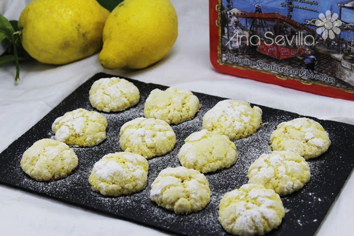 Galletas craqueladas de limón