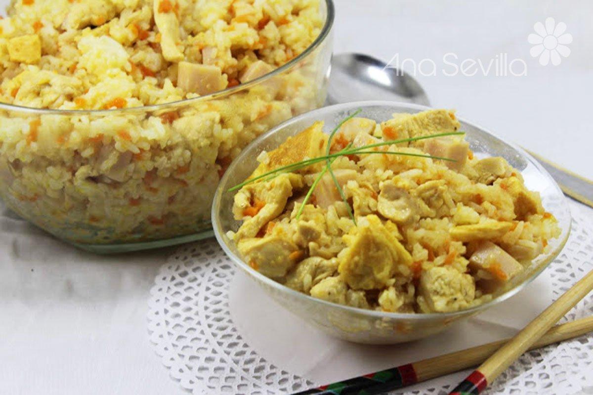 Arroz tailandés con pollo