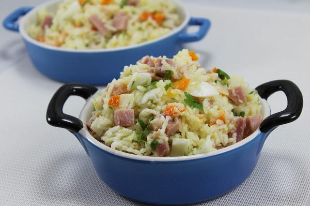 Ensalada de arroz al ajillo
