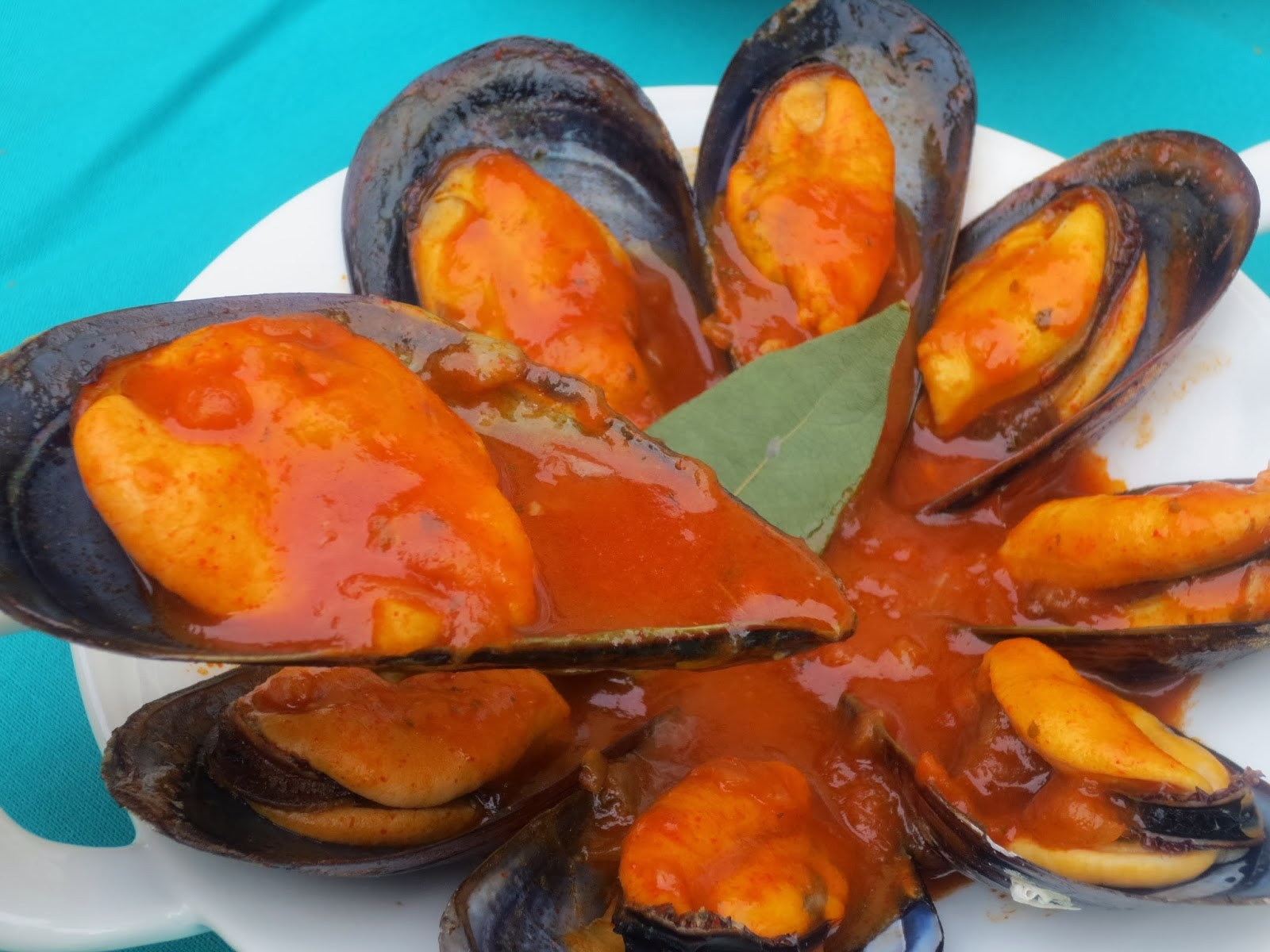 Mejillones en salsa