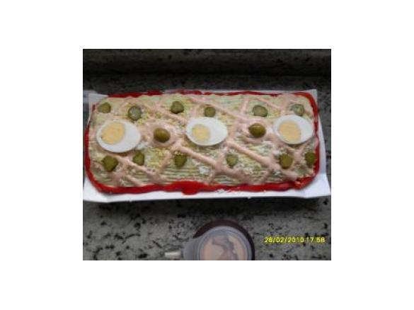 Rollo de ensaladilla de pure de patatas
