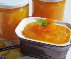 Mermelada de piña, naranja y ron