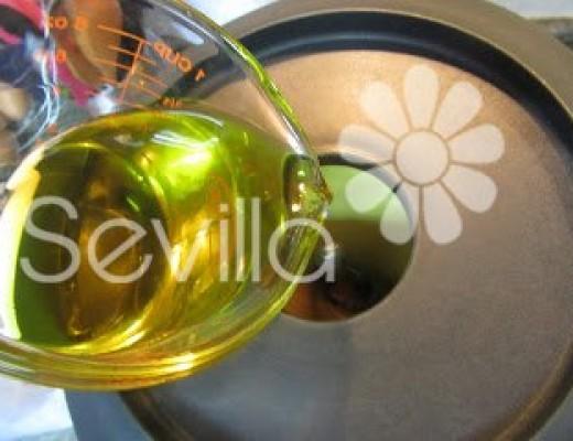 Añadir el aceite de oliva