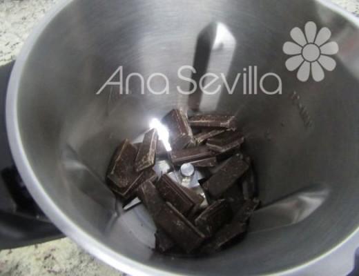 Triturar el chocolate
