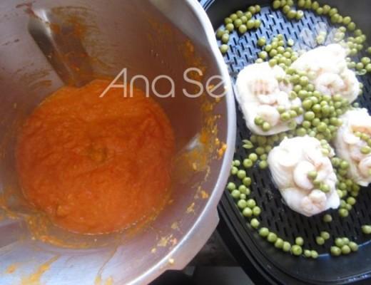 Pescado al vapor y salsa triturada