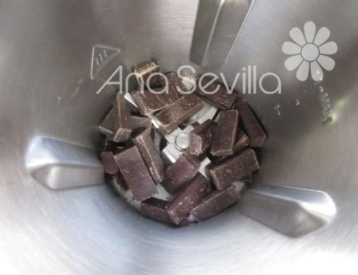 Rallar el chocolate en Mambo