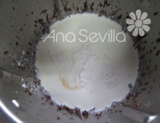 Añadir nata y cuajada