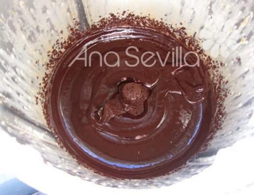 fundido el chocolate, llevamos la crema a la nevera para que enfríe