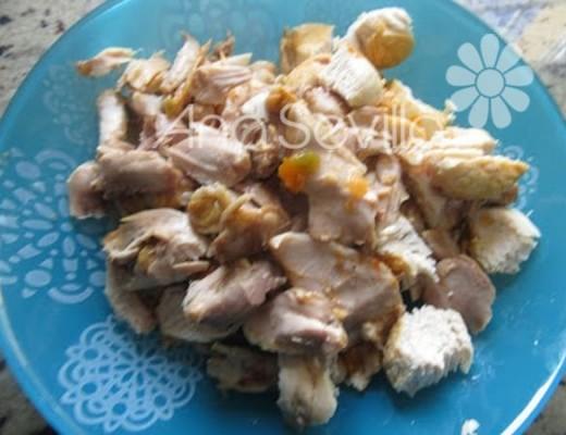 Deshuesar el pollo si se quiere