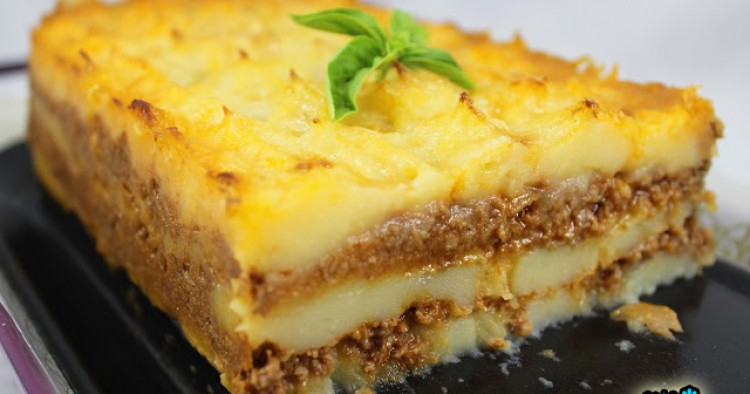 Milhojas de patata y carne