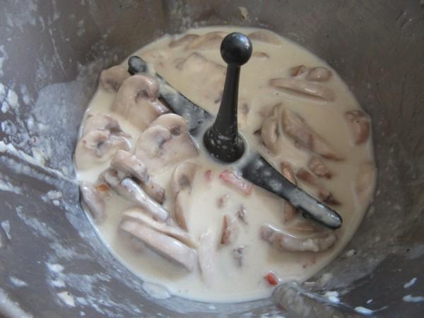 Salsa de queso y champiñones Thermomix