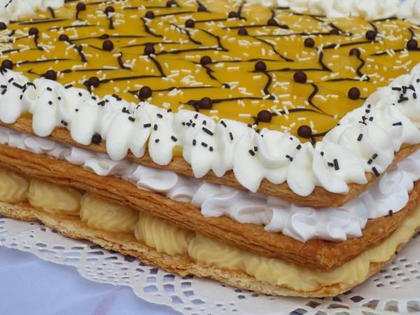 Milhojas de crema merengue y yema Ana Sevilla con Thermomix