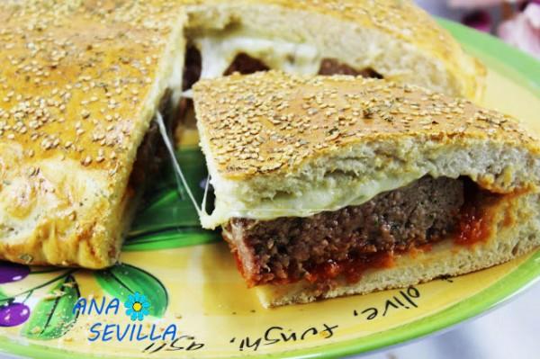 Pan relleno de hamburguesa Thermomix corte