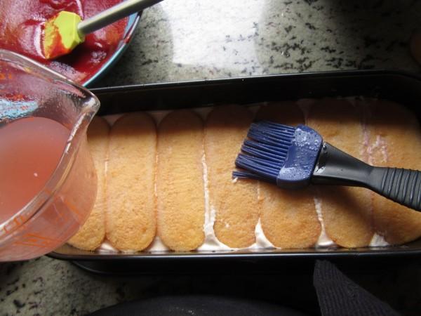 Tiramisú de coulis de fresa con Thermomix