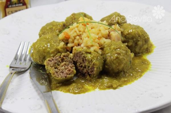 Albóndigas en salsa de curry olla GM