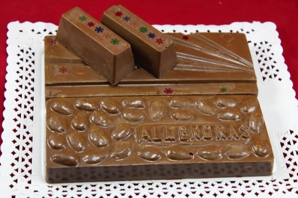 Turrón de chocolate y almendras Ana Sevilla cocina tradicional